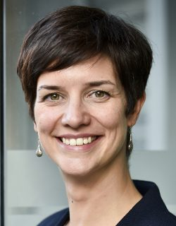 Julie Neuville